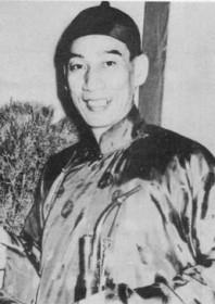 Profile: Kwan Tak-hing