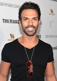 Profile: Darren Shahlavi