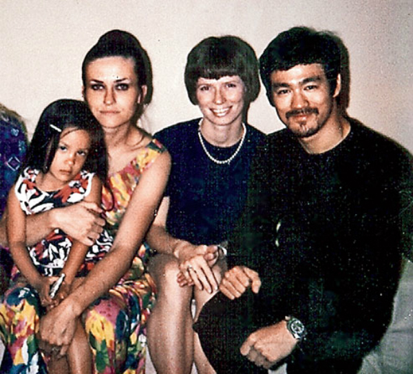 Diana Lee Inosanto as a child with her mother, Sue Ann Reveal, and their family friends, Linda and Bruce Lee.